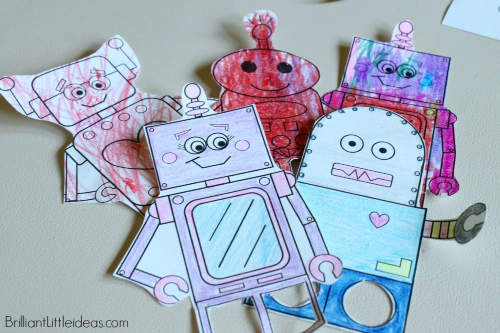 Quick and easy printable craft for kids 4 Robot Finger Puppets are a hit with kids of all ages. Just print, color, cut & enjoy! Robot theme craft color page